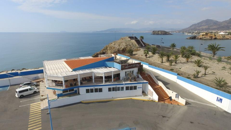 imagen desde arriba fachada Club Regatas Mazarron