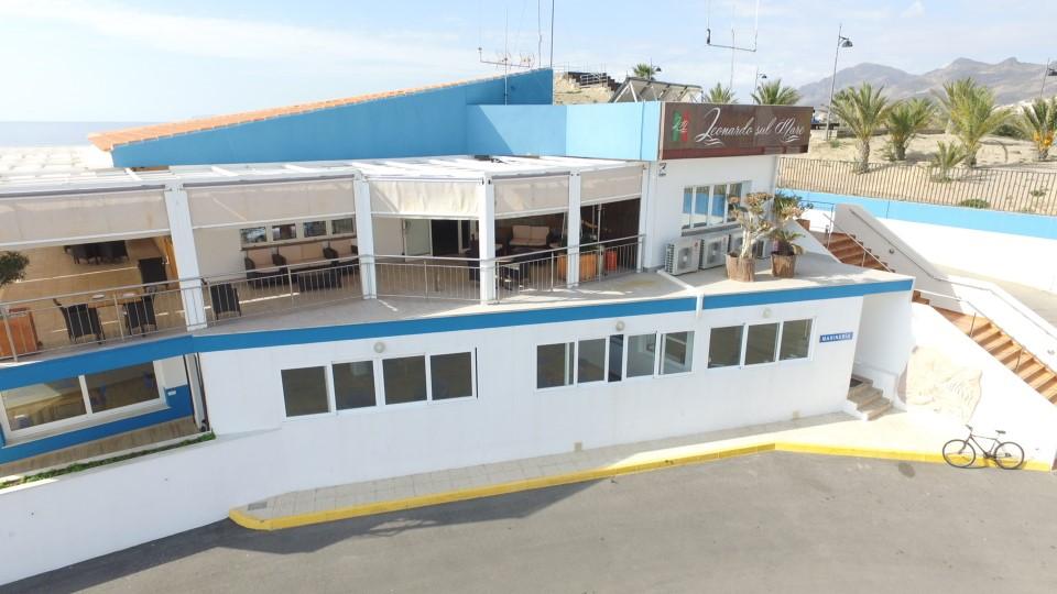 imagen fachada Club Regatas Mazarron